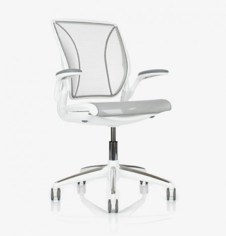 Diffrient World Executive Office Chair – white