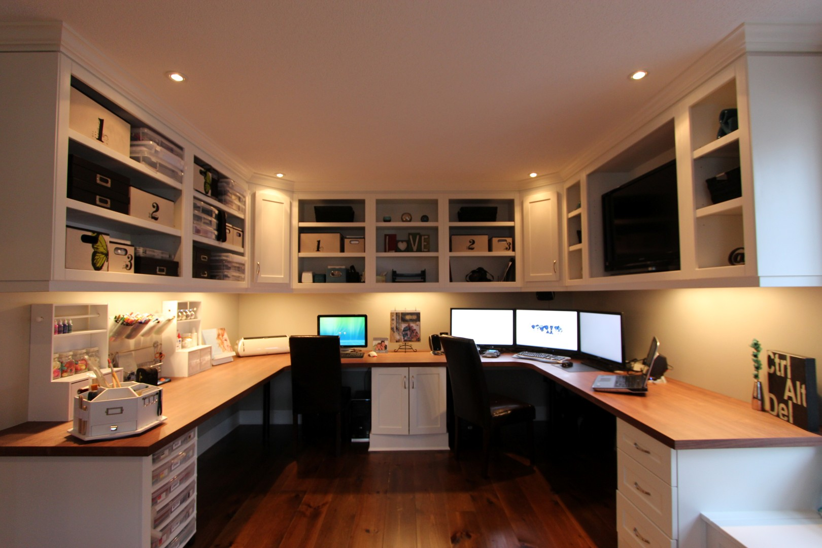 Tremendous Inspirational Home Office Ideas Officescene Largest Home Design Picture Inspirations Pitcheantrous