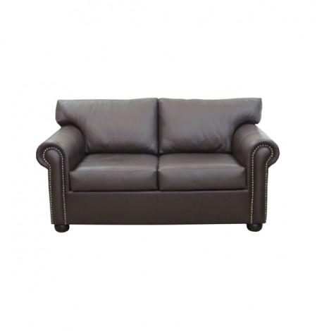 Sarrington Couch – oxblood