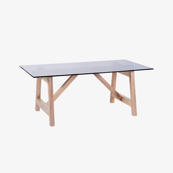 Moru Oval Table